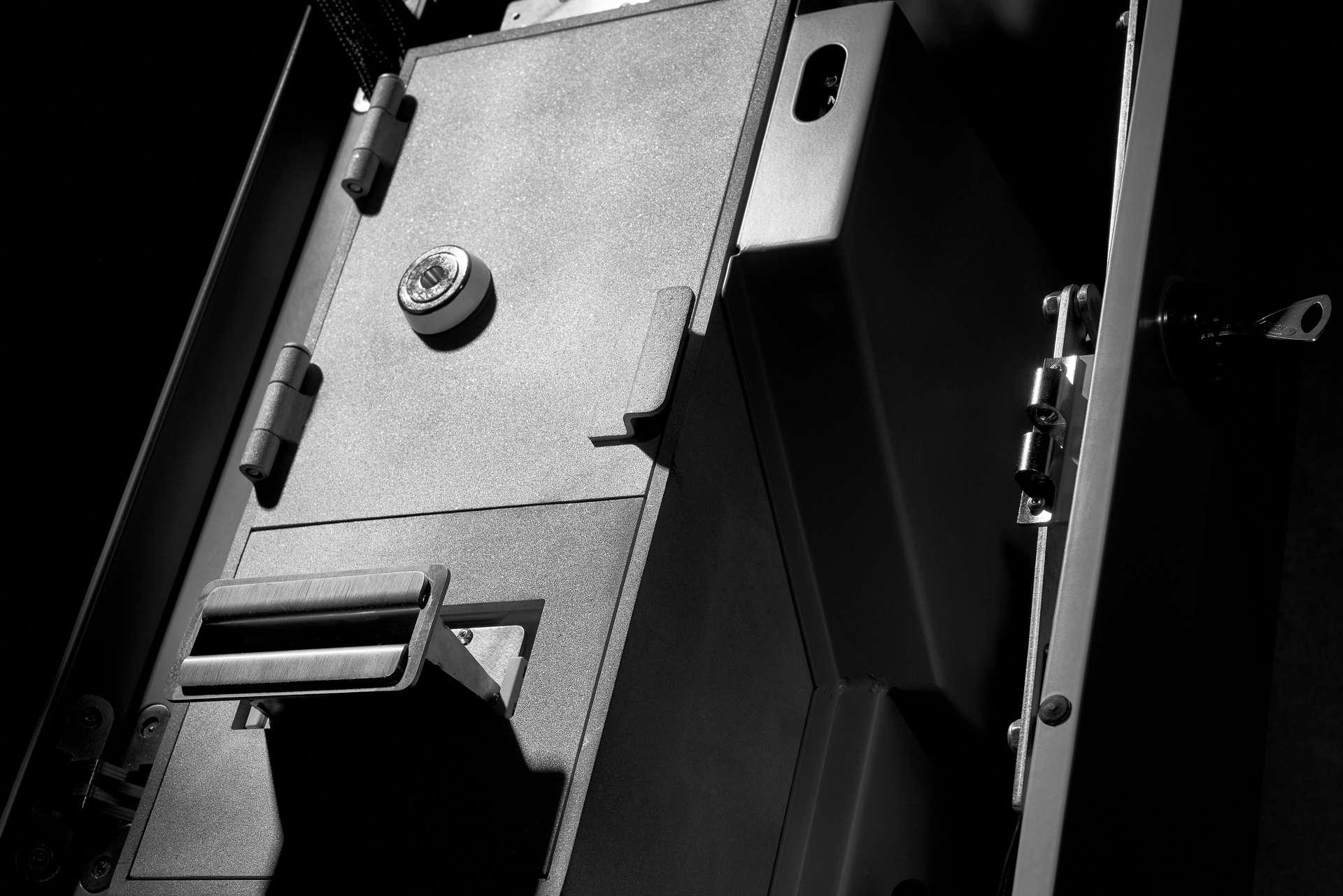 Lamassu Douro II vault closeup